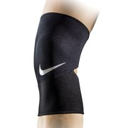 Бандаж Nike Closed Patella Knee Sleeve 2.0 N.MS.41.010